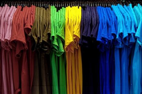 stampare magliette colorate