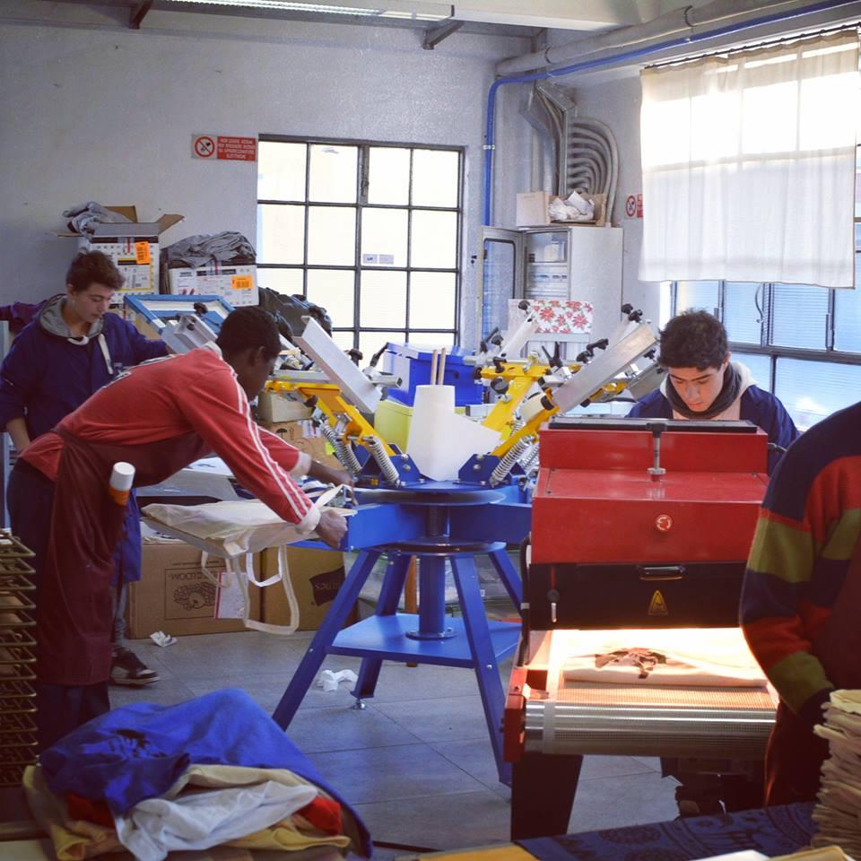laboratori scolastici di serigrafia a Bergamo