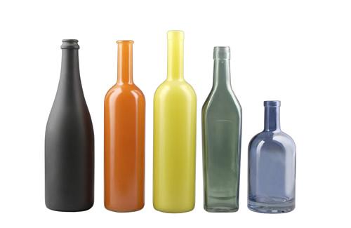 Quali inchiostri serigrafici per vetro resistono alle alte temperature?