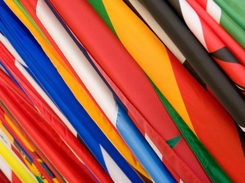Dipingere bandiere con inchiostri serigrafici
