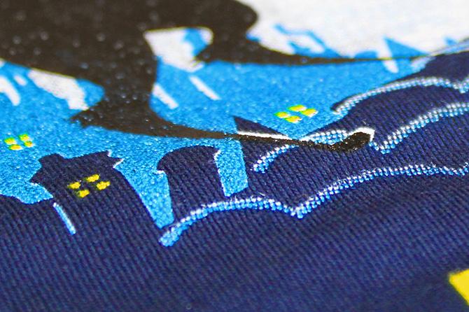 Stampare su tessuti sintetici in serigrafia e ottenere buona coprenza