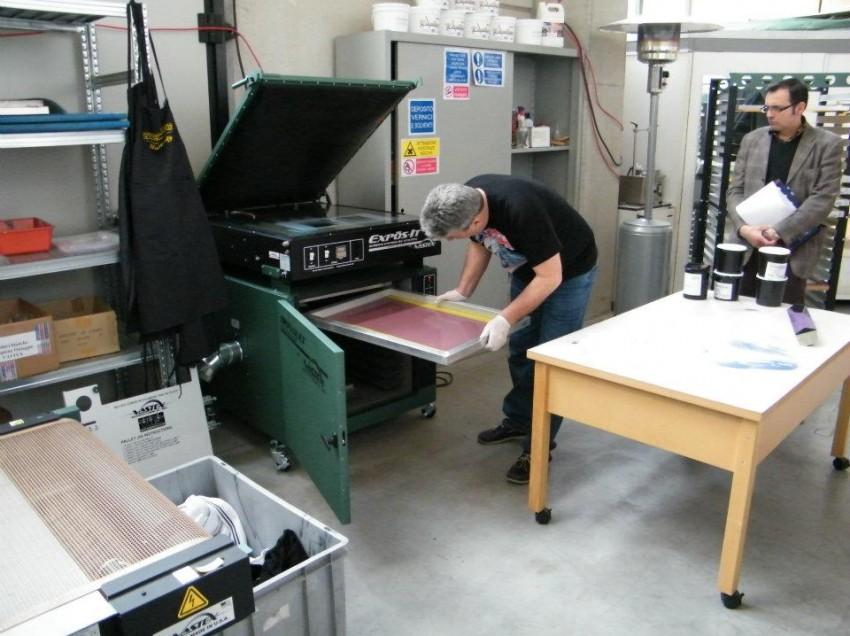Impianto di depurazione acque per il laboratorio serigrafico. Quando serve?