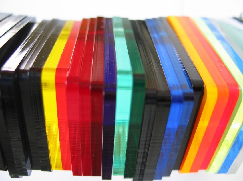 Serigrafia su materiali plastici particolari. Quale inchiostro si usa?