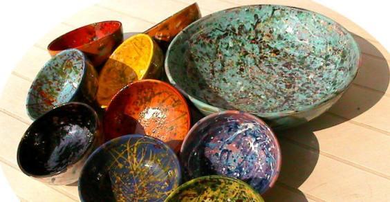 Decorare oggetti in ceramica con la tecnica serigrafica