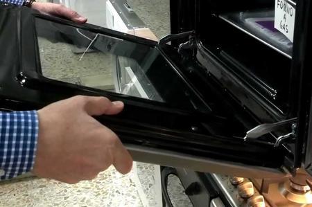 Come stampare scritte sul pannello in acciaio di un forno
