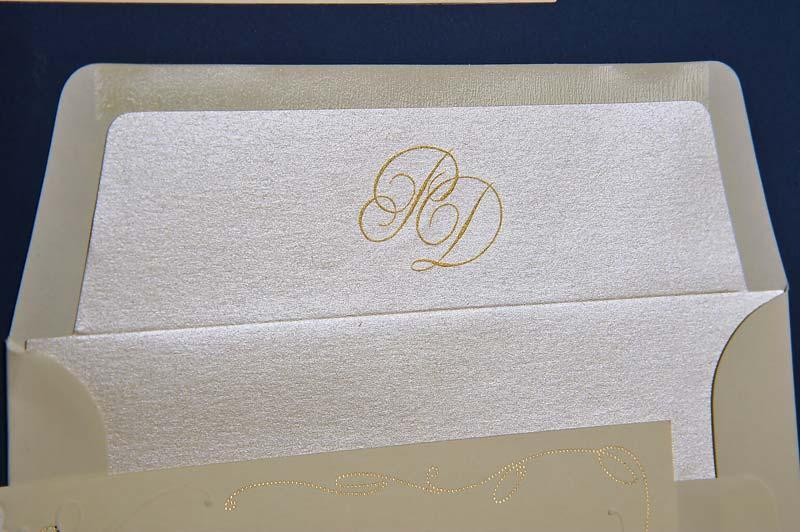 Come stampare scritte in oro e argento su partecipazioni