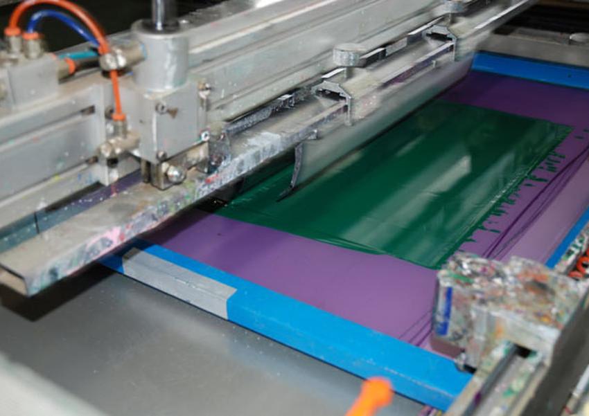 Macchina serigrafica automatica e problema di otturazione