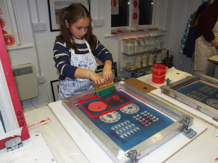 Come aprire un laboratorio educativo di serigrafia