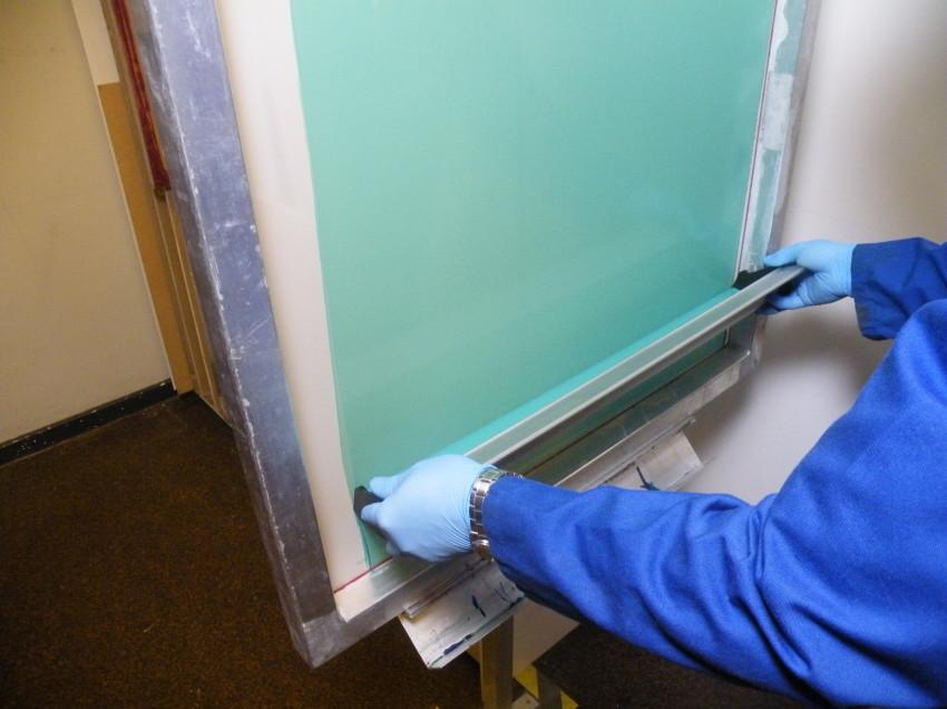Le emulsioni per inchiostri all'acqua resistono benissimo agli inchiostri base solvente