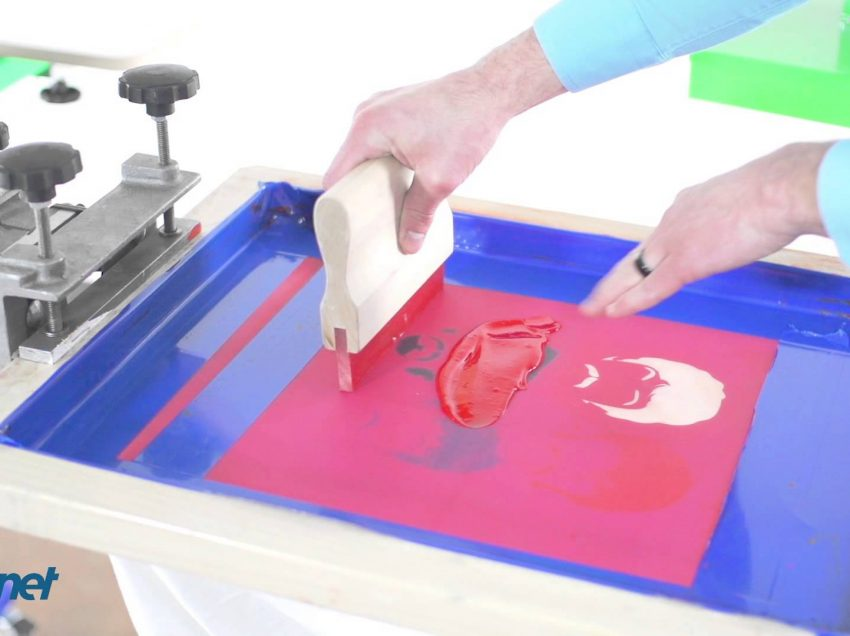 Inchiostri ad acqua per serigrafia: il segreto per non farli asciugare sul telaio