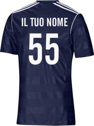 maglietta sportiva con numero stampato