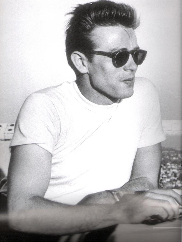 James Dean in magliette