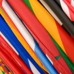 dipingere bandiere in fodera con inchiostro serigrafico